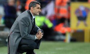 Barca tiếp tục phong độ kém khi bị Osasuna cầm hòa