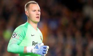 Ter Stegen giải nguy penalty cứu Barca thoát thua