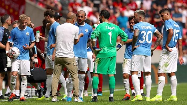 Man City than phiền vì lịch thi đấu dày đặc