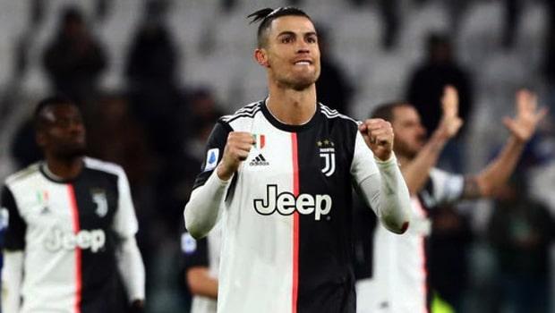 Juventus áp sát Inter trên bảng xếp hạng Serie A trong khi Fiorentina thắng Sampdoria