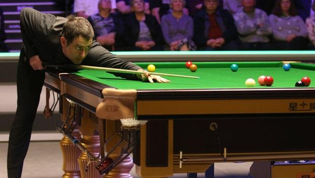 Ronnie O'Sullivan vào vòng 8 tay cơ xuất sắc nhất
