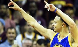 Golden State thi đấu thăng hoa nhờ công lớn của Stephen Curry và Draymond Green